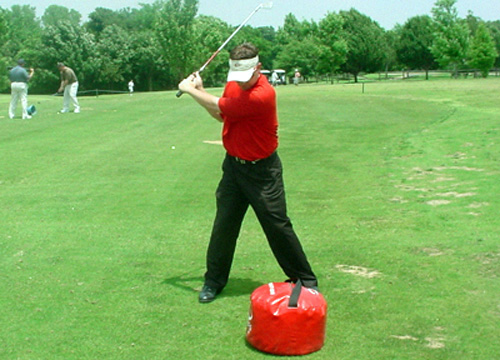 Leverage Bag Training Aid for the Moe Norman Single Plane Golf Swing